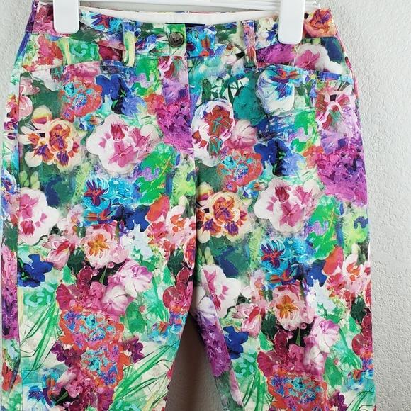 ef8504e407 Lands' End Shorts | Lands End Womens Floral Size 6 | Poshmark